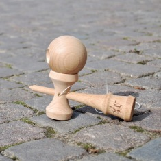 KN309_Airplayer_Natural Wood_Kendama Nordics